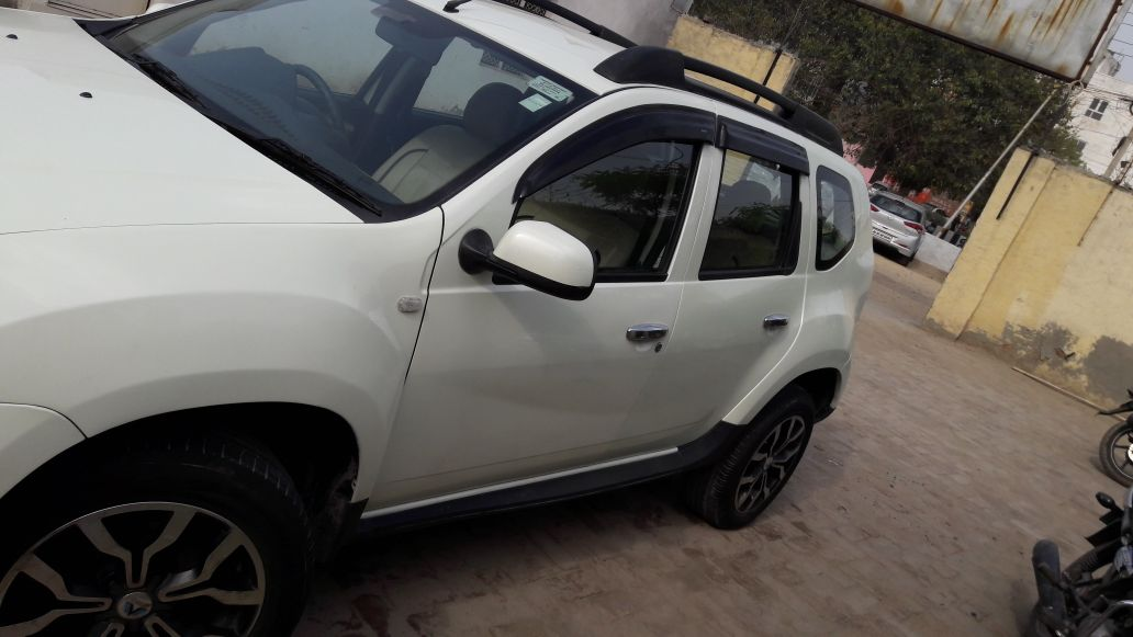 Secondhand Duster-RXZ car in Dwarka and Uttam Nagar