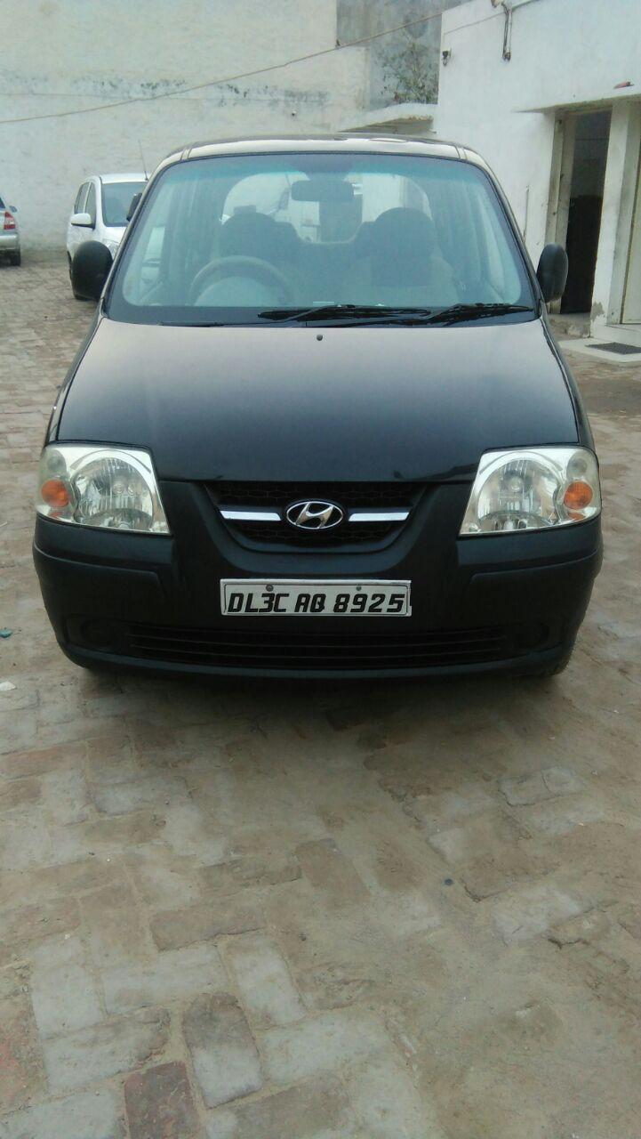 Secondhand Santro-XL car in Dwarka and Uttam Nagar