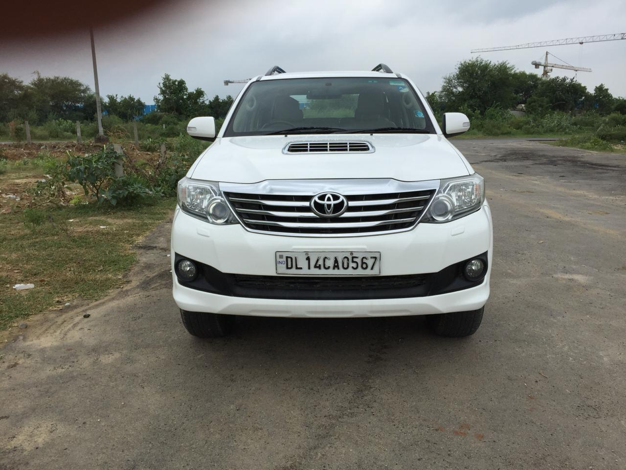 Used Fortuner 4x2 A/T Toyota in Delhi