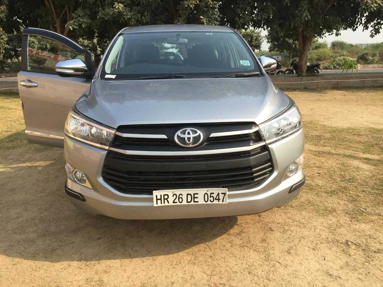 Secondhand Innova Crista-Gx car in Dwarka and Uttam Nagar