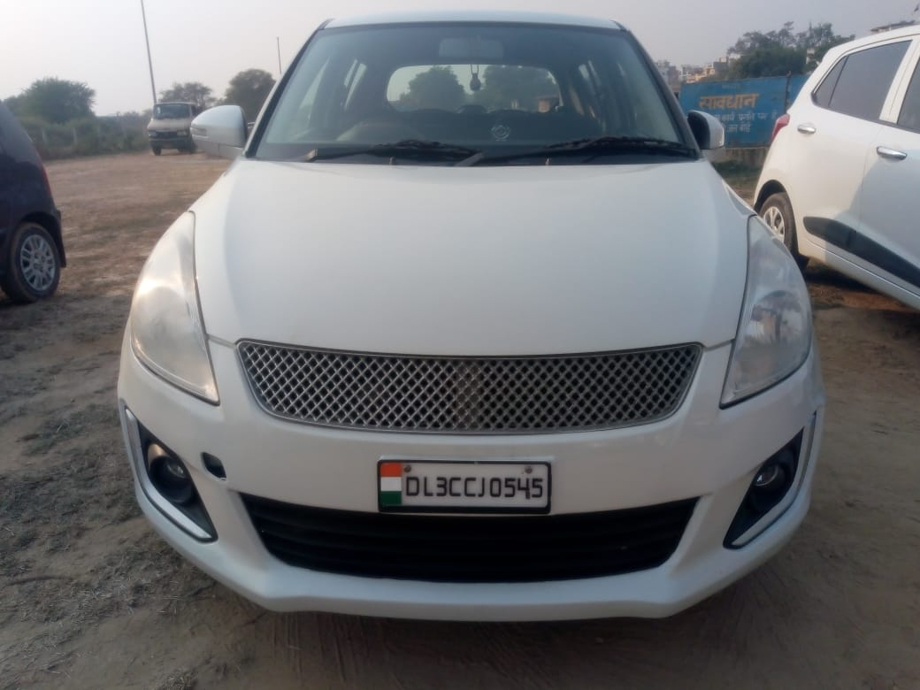 Secondhand Swift-Vxi car in Dwarka and Uttam Nagar