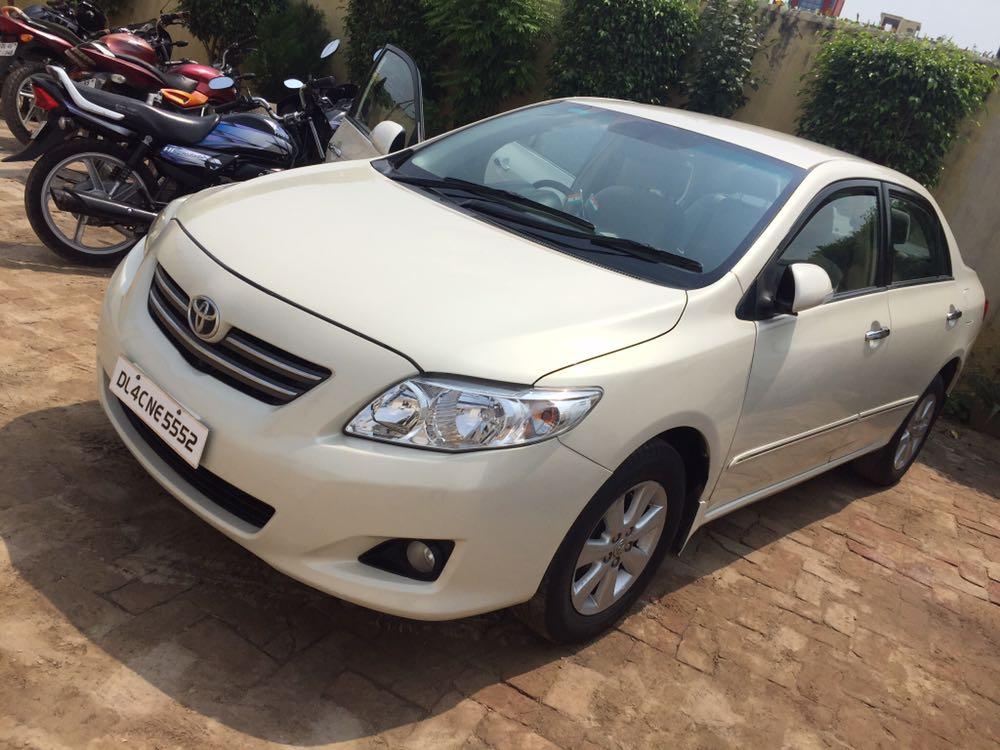Secondhand Corolla Altis-J car in Dwarka and Uttam Nagar