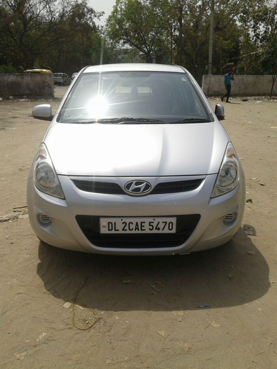 Used I-20 Astha Hyundai in Delhi